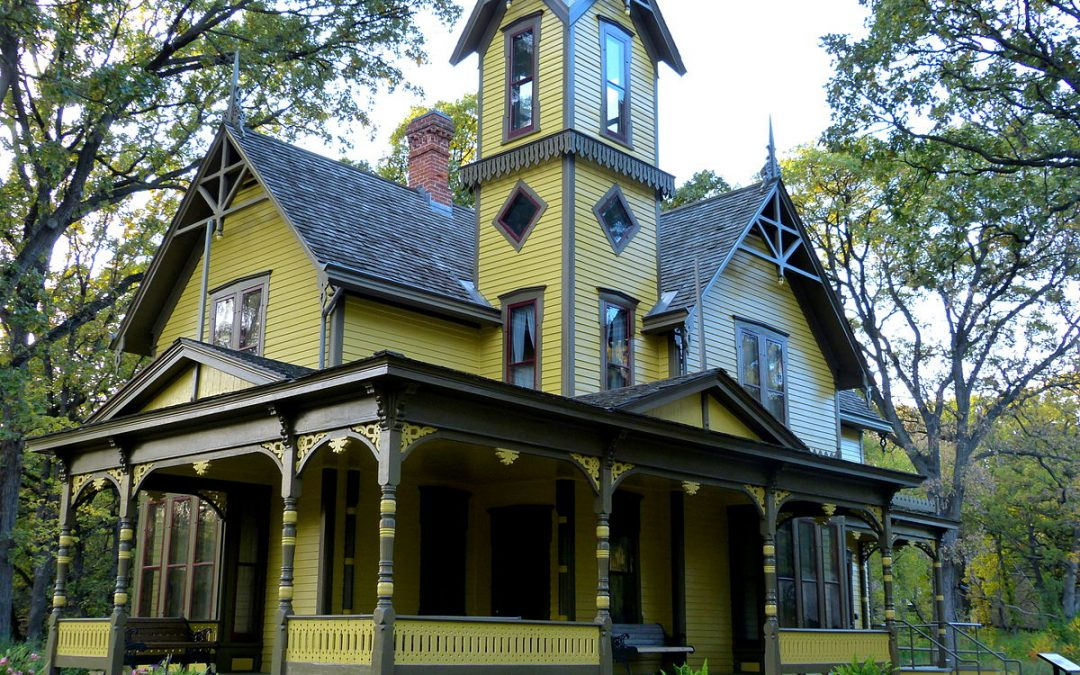 15 Helpful Tips and Tricks for Restoring a Historic House