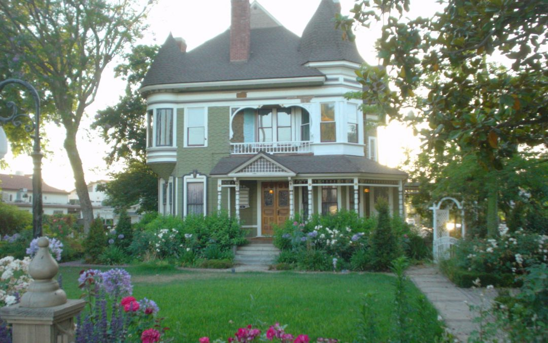 How to Find Authentic Materials for Restoring Your House
