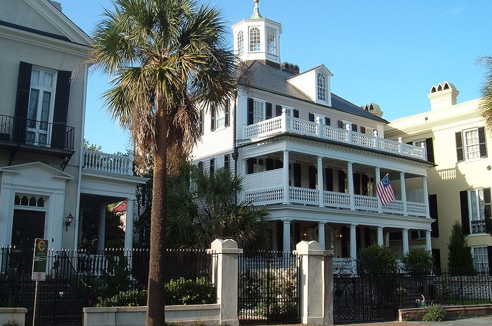 Top 10 cities in America to see historically registered home.