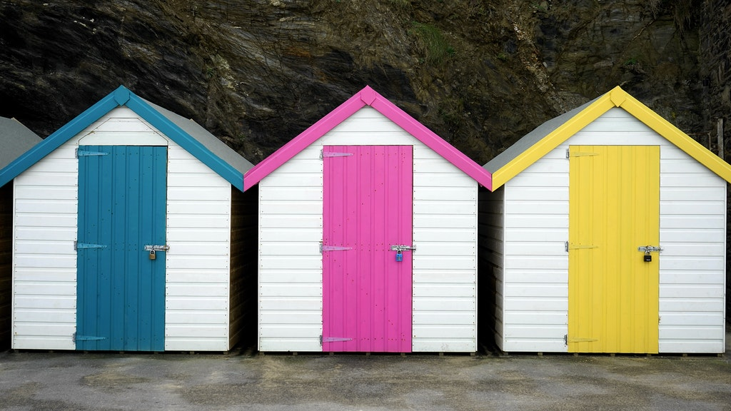 mini  houses with different door colors