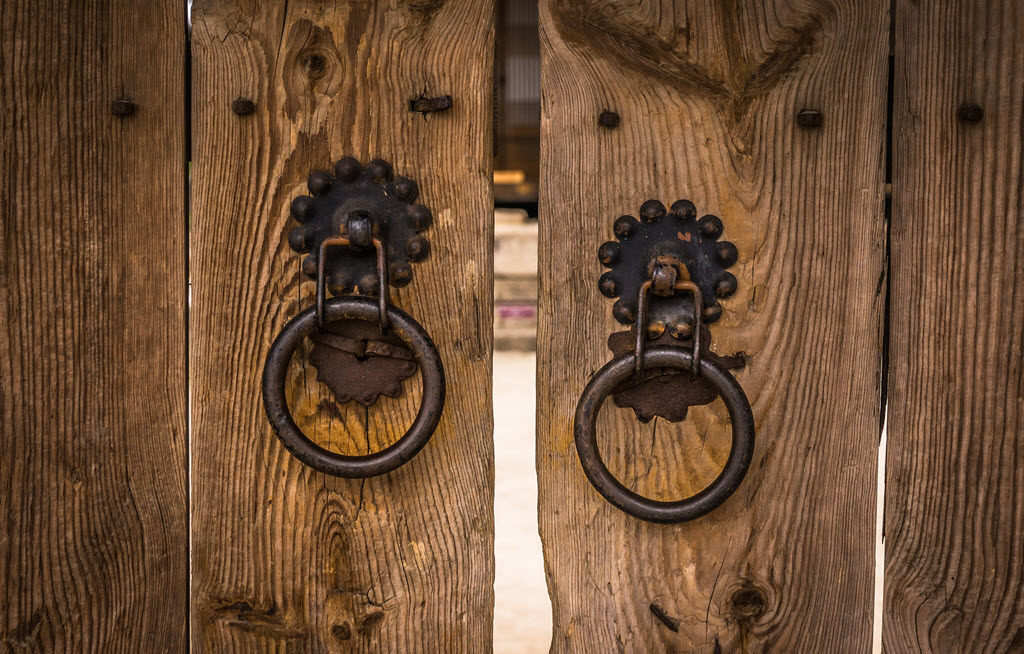 iron door knockers
